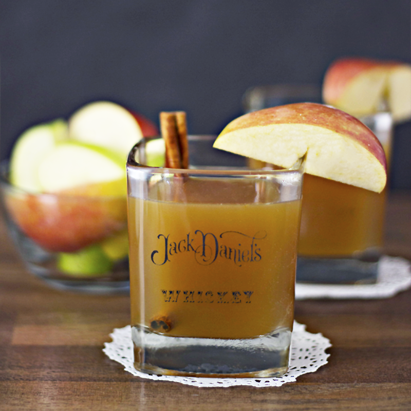 apple-cider-bourbon-whiskey-cocktail-sq